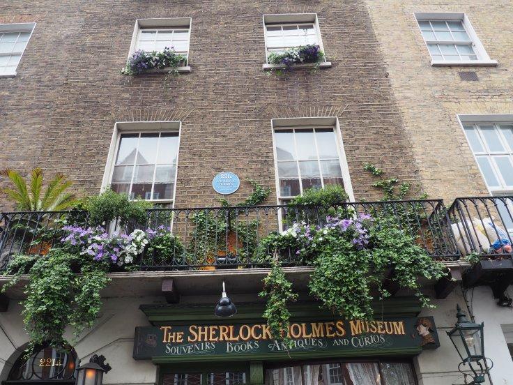 221b Baker Street Sherlock Holmes Museum London